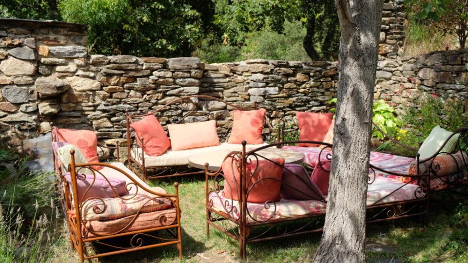buddha garden empty sofas